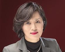 Carla Ji-Eun Kim